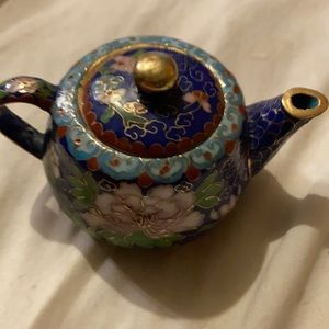 Vintage small clouds one teapot